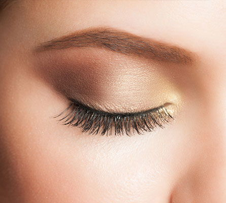 womans eye after a Chemical Brow Lift